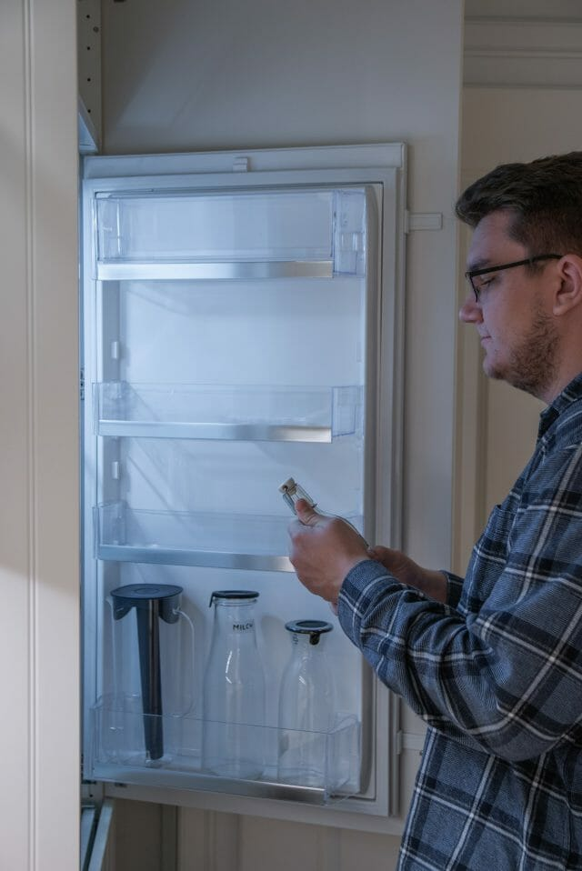 why-does-my-fridge-temperature-keep-changing
