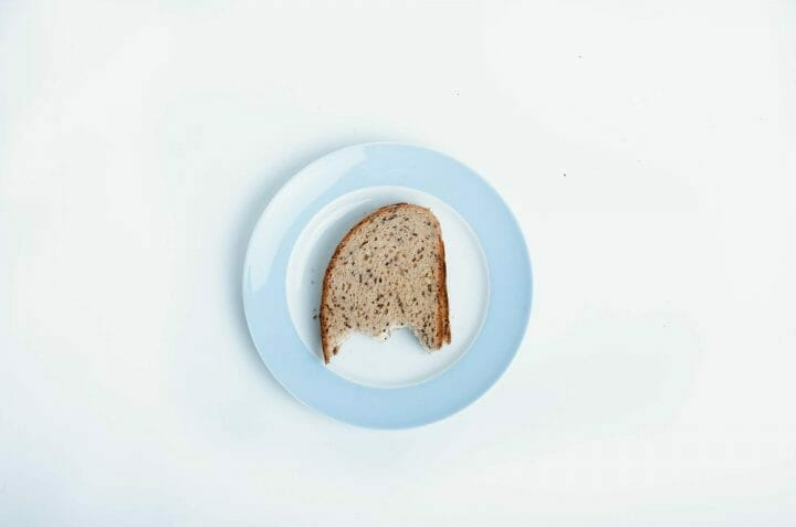 can-you-toast-frozen-bread-featured-image