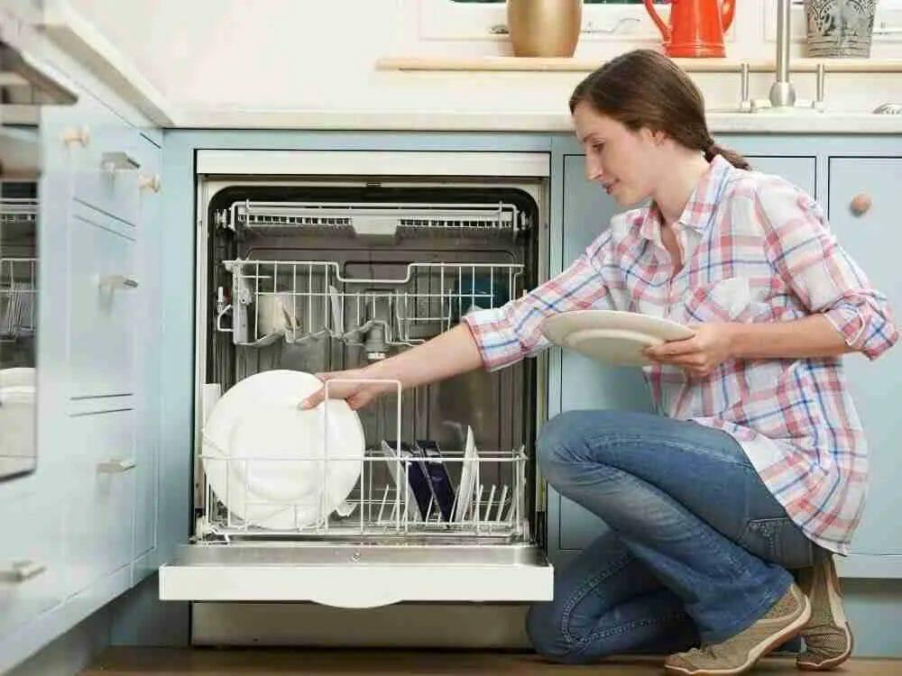best-dishwasher-under-$700-featured-image